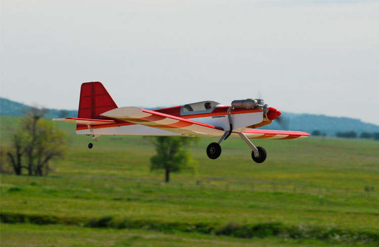aterrizar-un-avion-rc-velocidad-bj